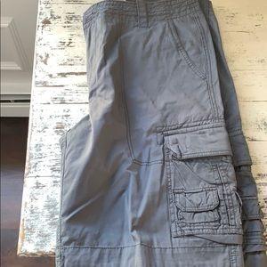 Men's Aeropostale cargo shorts size 36
